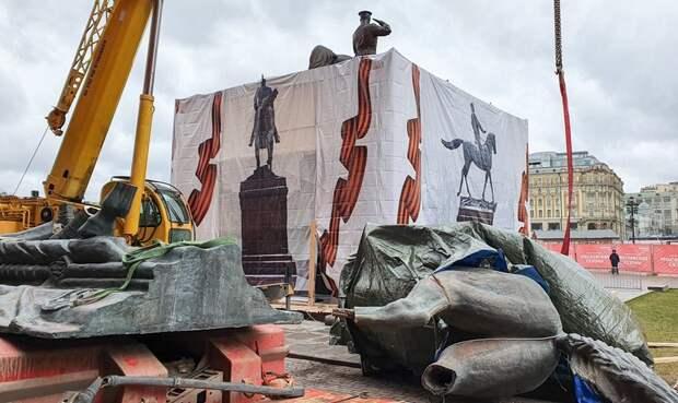 Дочь Георгия Жукова: Демонтаж и распил памятника отцу – это афёра!