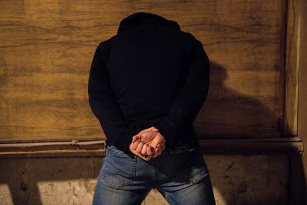 Иностранец хотел организовать наркоканал в Крым