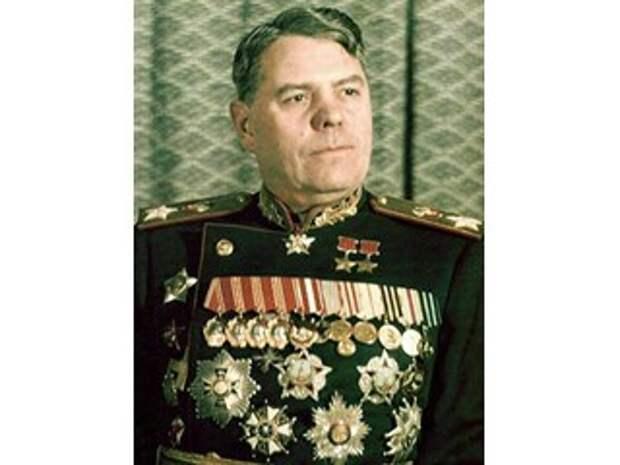 Почему маршал Василевский остался верен Сталину и не гнулся под Хрущева