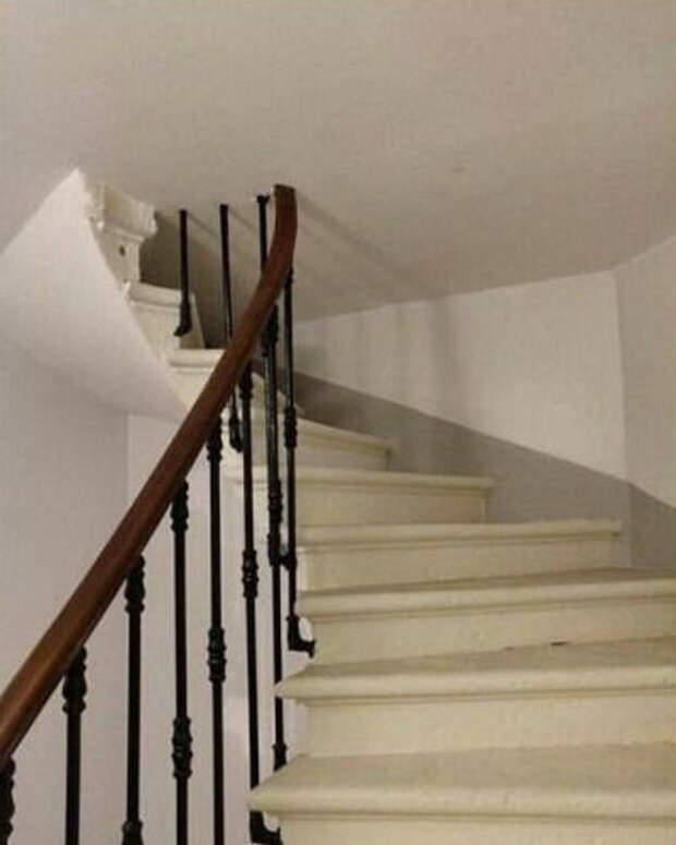 Лестница в потолок