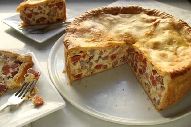 Пирог – пицца: очень аппетитно, вкусно и сытно.