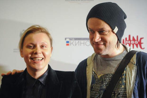 Яна Троянова и Василий Сигарев расстались
