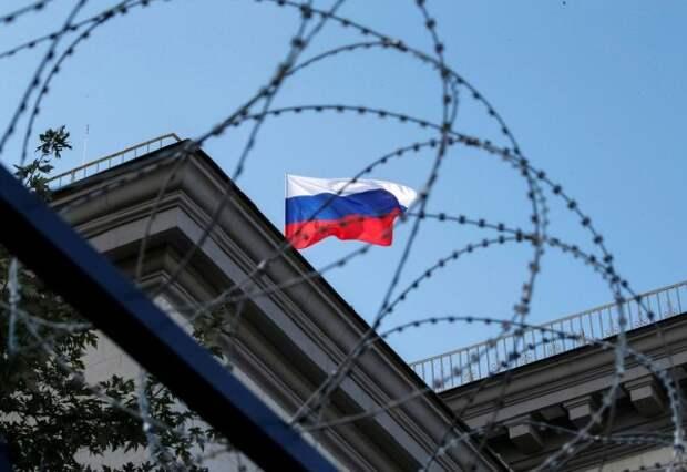 Источник: ЕС на год продлил санкции против Крыма