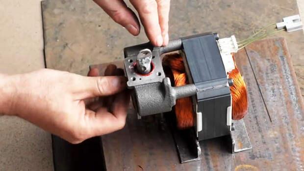 Лобзиковый станок из компрессора от холодильника
