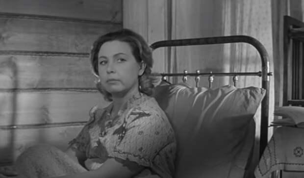 Почему же некоторых так раздражают Тося Кислицына и остальные девчата из советского фильма?