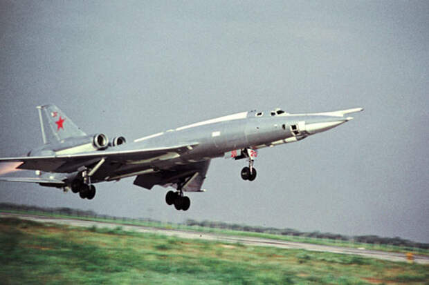Ту-22 стал в свое время визитной карточкой завода №22 им. Горбунова (современный Казанский авиационный завод)