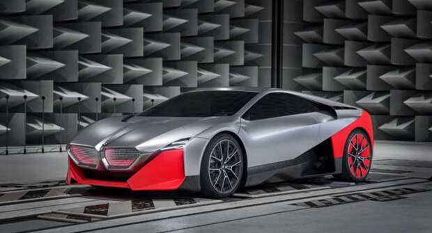 BMW презентовал образец гиперкара Vision M Next
