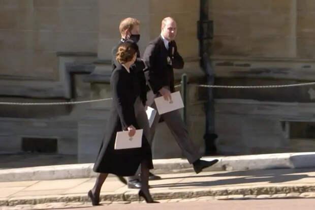 Принц Уильям, принц Гарри иКейт Миддлтон на похоронах