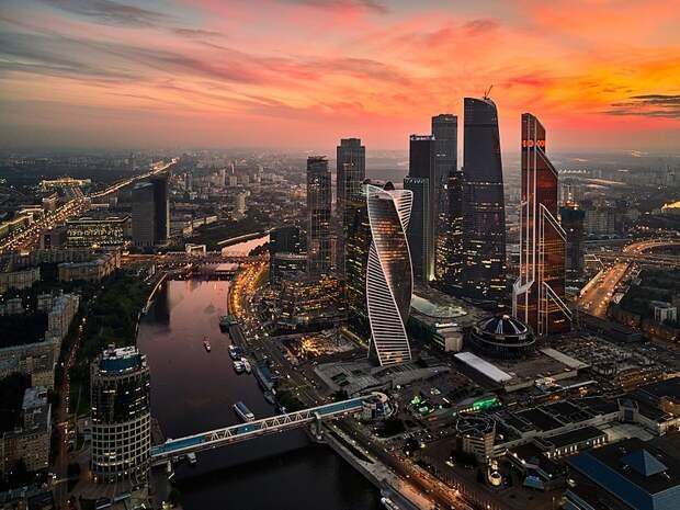 Сергей Собянин ограничил передвижение по Москве из-за коронавируса