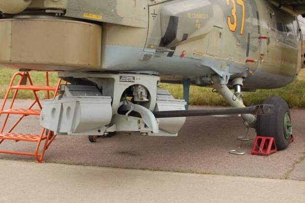 Т-17. Многофункциональный ракетный танк на базе платформы «Армата» (1)