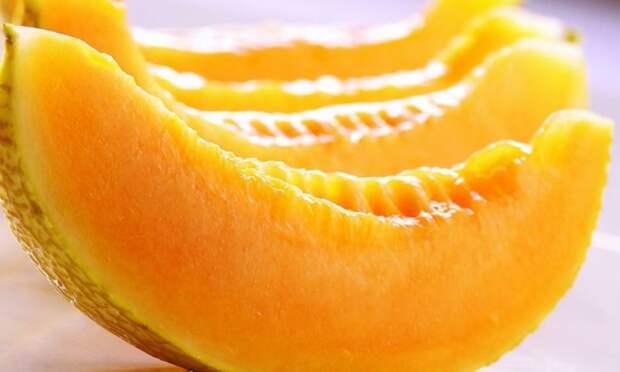 Простой и вкусный десерт с ярким дынным ароматом – это именно то, что помогает утолить жажду в жаркий летний день. Минимум продуктов, а результат получается просто восхитительным.