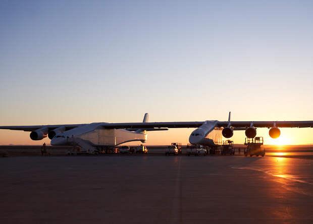 Самый длиннокрылый самолет испытали с полностью собранным планером