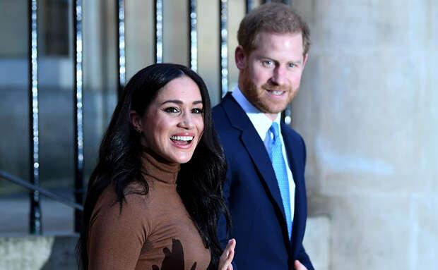 Чем зарабатывают члены королевской семьи?