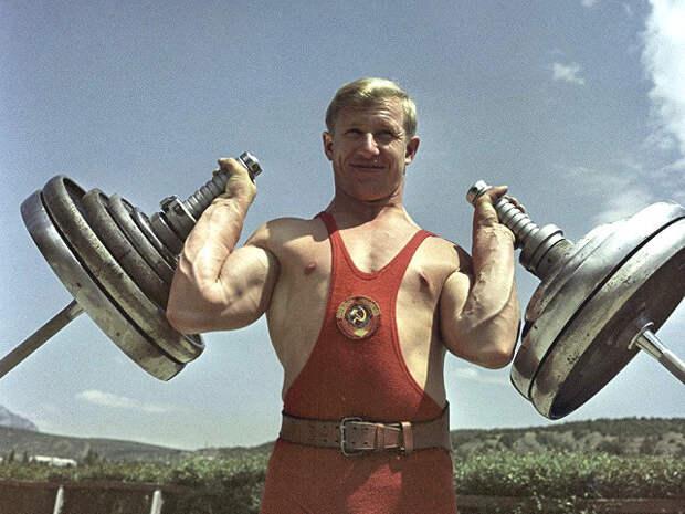 Олимпийский чемпион потяжелой атлетике Виктор Куренцов скончался на81-м году жизни