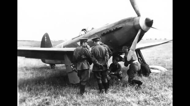Русские лётчики успешно уничтожали здоровых немцев./Фото: i.ytimg.com