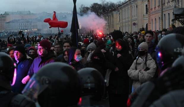 Марков: лидеры протеста решили «жировать» за границей и не участвовать в митингах