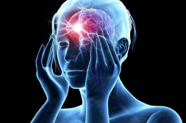 Невропатолог посоветовал 60-секундный массаж, после которого уходит мигрень