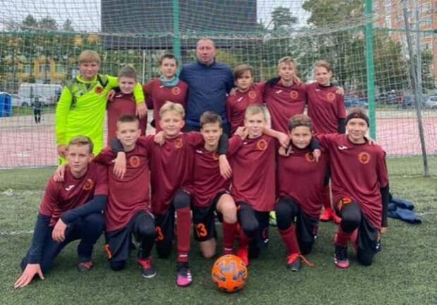 Ученики школы №1363 стали победителями футбольного турнира