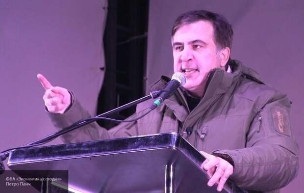 Саакашвили заявил, что украинское чиновники готовы пойти на «поклон России»