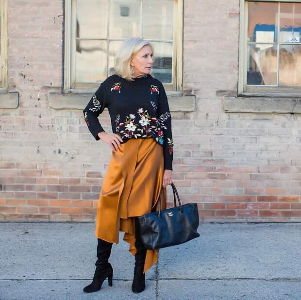10 стильных примеров как носить макси и не выглядеть бабушкой. Советы для женщин 50+