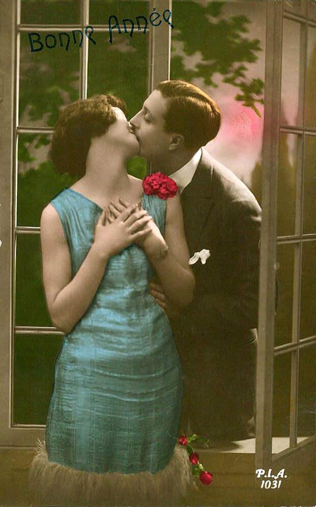 Французские открытки, в которых показано, как романтично целовались в 1920-е годы 47