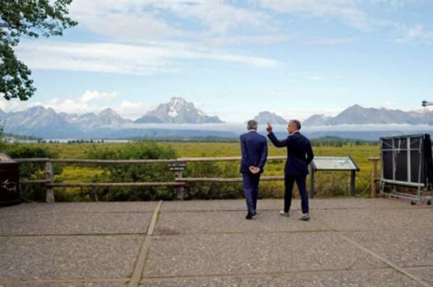 Председатель Федеральной резервной системы Джером Пауэлл и глава Банка Англии Марк Карни в Джексон-Хоуле, США, 23 августа 2019 года. REUTERS/Jonathan Crosby