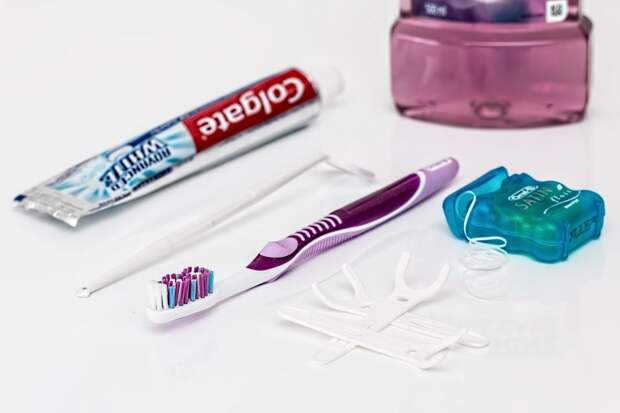 8 простых способов избавиться от кариеса и дыр в зубах естественным путем