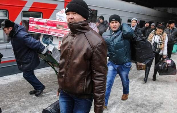 ТАСС: Граждане СНГ будут въезжать в Россию только по загранпаспортам