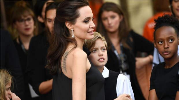 Дочь Анджелины Джоли официально стала мальчиком: 6 интересных фактов