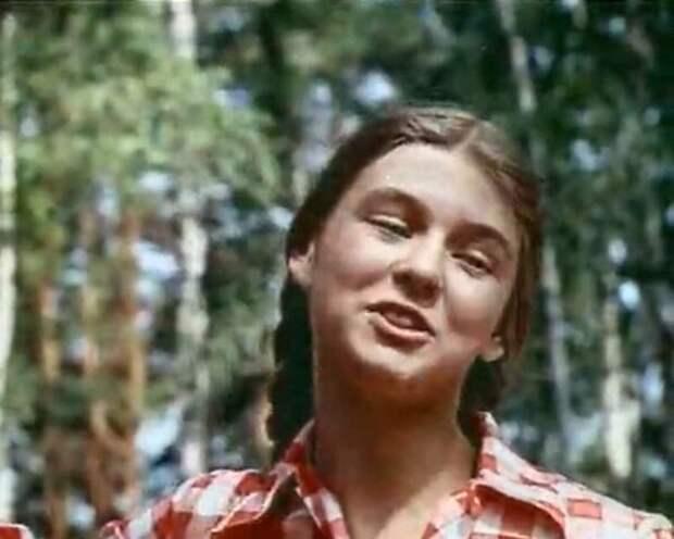 Красивые девочки из советского детства, которые были нами забыты