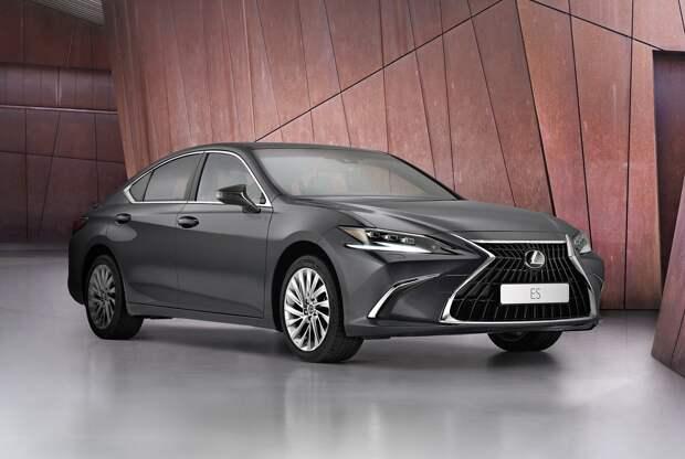 Lexus ES  — обновление бизнес седана