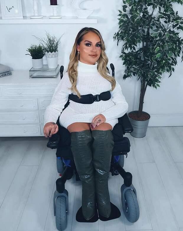 Главные инстакрасотки: девушки-инвалиды, которые прославились вInstagram