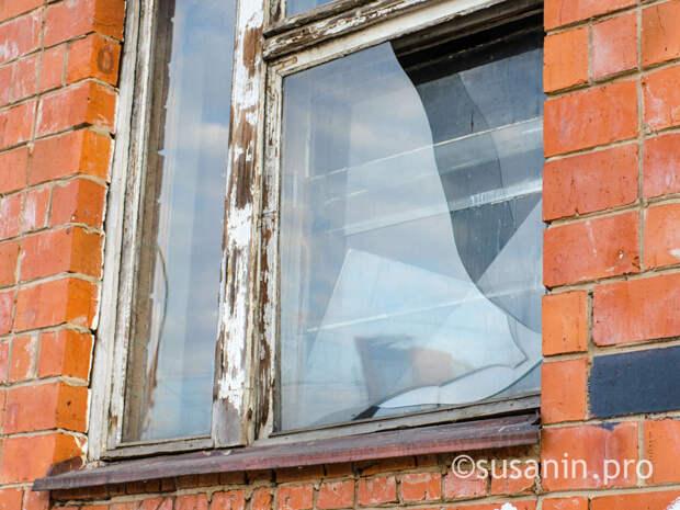 Два ребенка выпали из окон в Воткинске