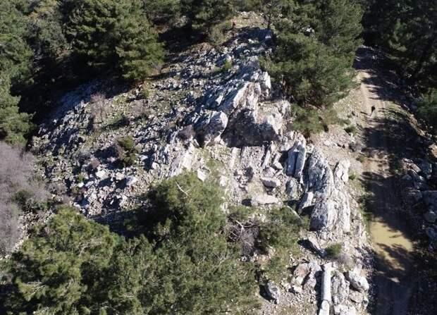 В Турции нашли античный каменный карьер, в котором добывали огромные глыбы