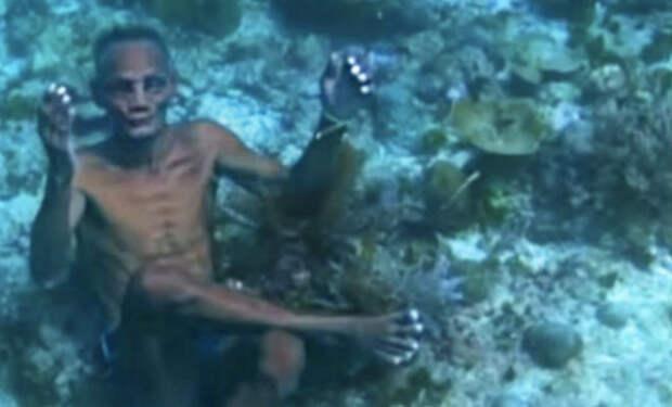 Племя живет прямо в воде