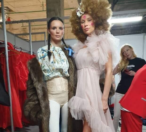 Актриса Дарья Погодина приняла участие в показе модного дизайнера Геры Скандал