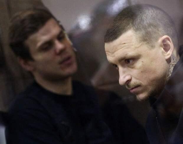 Потерпевший по делу Мамаева и Кокорина потребовал с них 1 млн рублей
