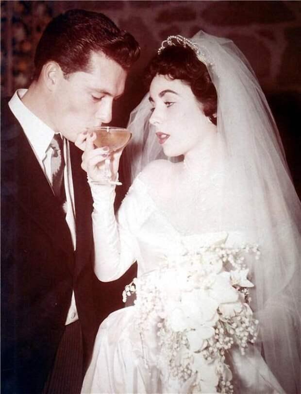 Первая свадьба Элизабет Тейлор (18 фотографий), photo:17