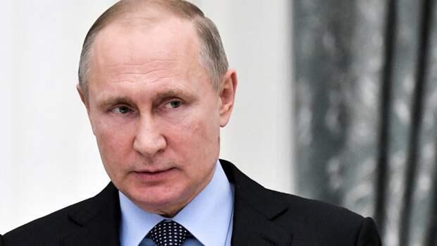 Путин назвал провокацией вопрос Шнурова о хакерах и помощи Трампу