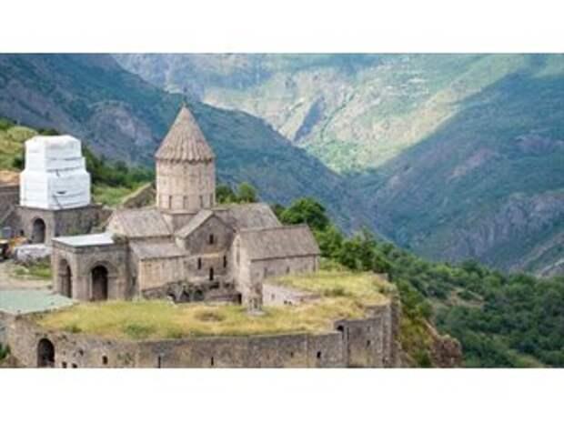 Резня за резнёй в Карабахе: армяне против турок, иранцев и азербайджанцев, а потом пришли русские