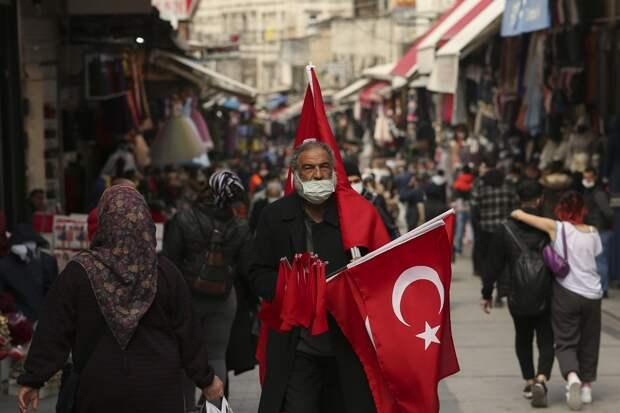 Россияне массово аннулируют путевки в Турцию