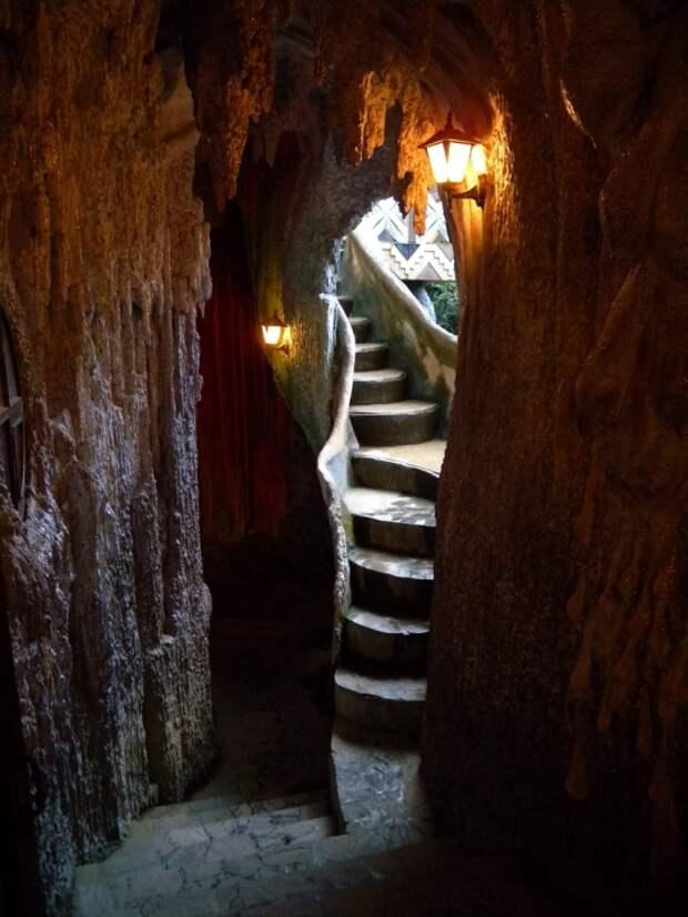 Сказочная гостиница Hang Nga во Вьетнаме. Фото