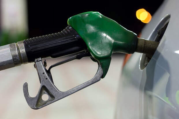 Минпромторг: на АЗС топливо недоливают!