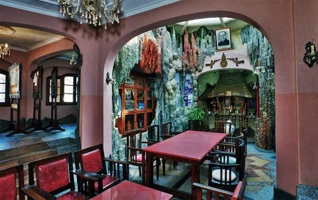 Дизайн гостиной Лунной виллы во Вьетнаме. Фото