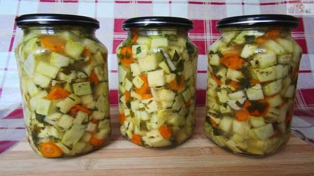 Салат из кабачков на зиму «Кабачки как грибы»