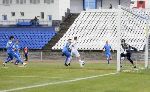 Футболисты клуба «Зенит-Ижевск» вышли из отпуска