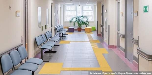 В Москве в настоящее время ведутся работы по реконструкции 56 зданий поликлиник. Фото: М. Мишин mos.ru