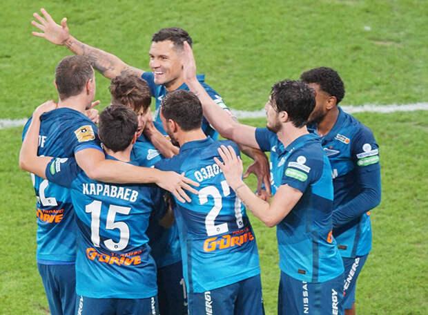 «Зенит» вернул первое место, забив семь мячей в двух матчах. «Ростов» сумел лишь дважды сократить счет