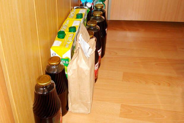 Мои стратегические запасы сока: яблочный, гранатовый, томатный, апельсиновый. Сок покупаю постепенно, когда есть скидки