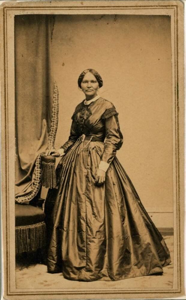 Как рабыня стала модельером и подругой жены президента США Линкольна, а затем злейшим врагом